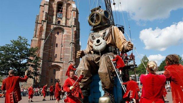 Toerisme bijna net zo belangrijk voor de BV Nederland als de bouw