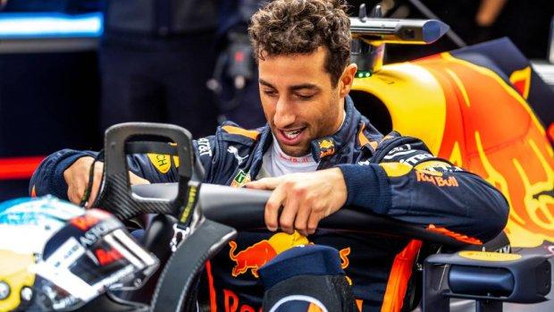 Wéér een nieuwe motor: Ricciardo start achteraan op Monza