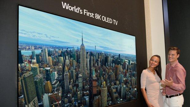 LG toont enorme 8K oled-tv (maar zwijgt over de prijs)