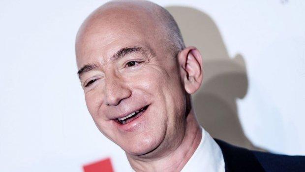 Aandeel Amazon 2000 dollar waard: beurswaarde bijna op 1 biljoen