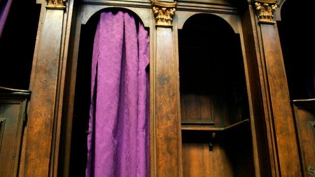 Priesters weigeren biechtgeheim te breken voor misbruik
