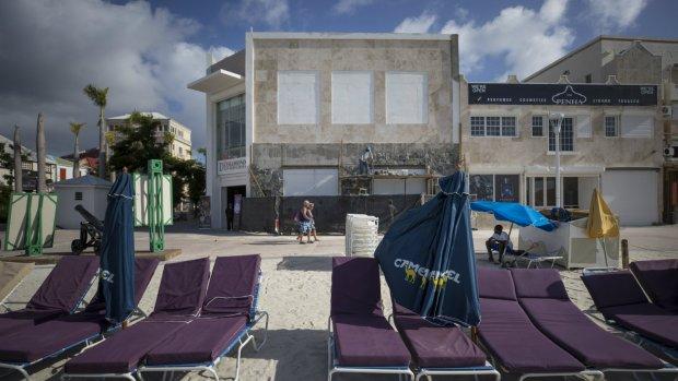 Een derde van ingezameld geld voor Sint-Maarten is uitgegeven