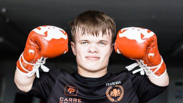 Kickbokser Wopke is klein, maar voor niemand bang: 'Laat ze maar lachen'