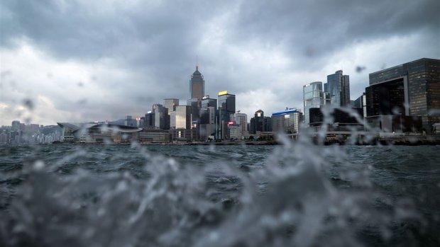 Hongkong bereidt zich voor op zwaarste tropische storm ooit