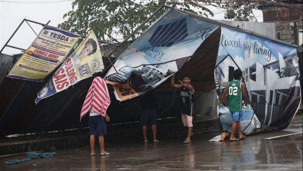 Zeker drie doden op Filipijnen door verwoestende tyfoon Mangkhut