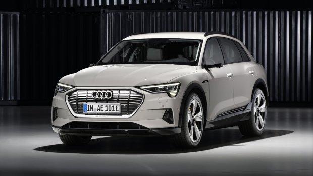 Audi opent aanval op Tesla met de e-tron