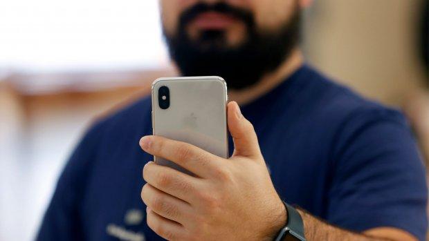 Hackers stelen gewiste foto van iPhone en winnen hoofdprijs