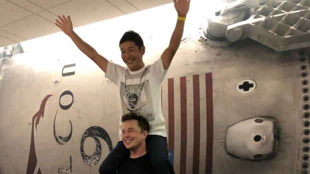 Deze miljardair reist in 2023 met SpaceX naar de maan