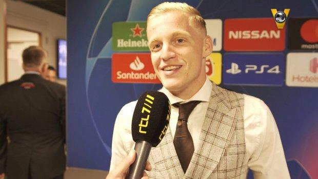 Van de Beek: 'Ik zat vol emotie na die goal'