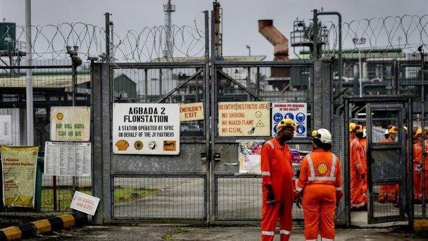 Celstraf voor tussenpersonen in Nigeriaanse corruptiezaak Shell