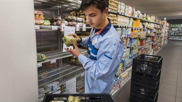 Deal scholen en supermarkt: minder vakkenvullen in toetsweek