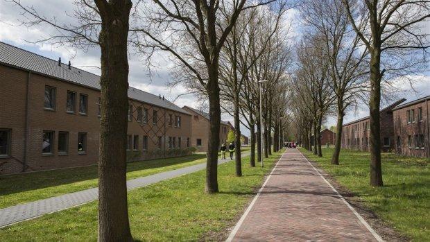 PVV-raadslid Delfzijl wil brand bij azc 'blussen met benzine'