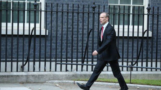 Brits kabinet steunt Mays Chequers-plan ondanks storm van kritiek
