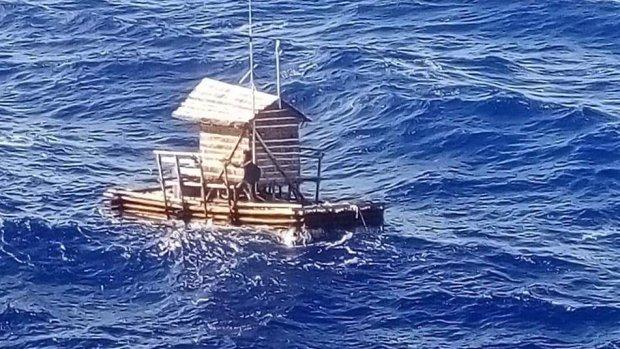 Tiener  (19) overleeft 49 dagen op zee