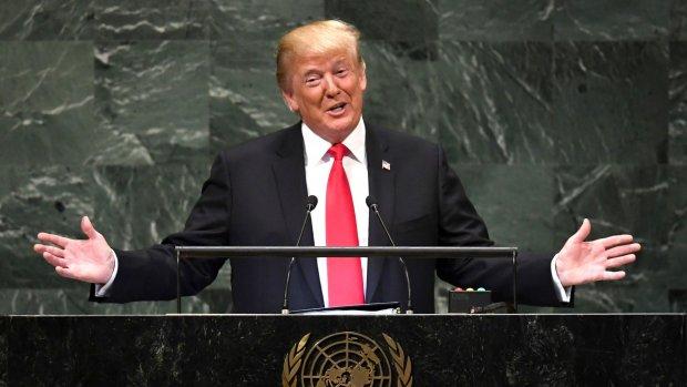 Gegniffel om pochende Trump bij Verenigde Naties