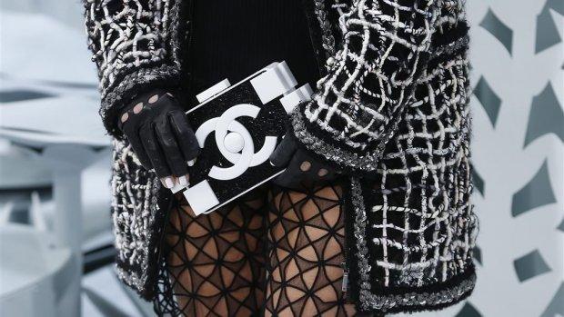 Facebook-handelaar in neptasjes krijgt dikke rekening van Chanel