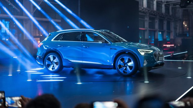 Audi staakt productie elektrische auto E-Tron door accuproblemen