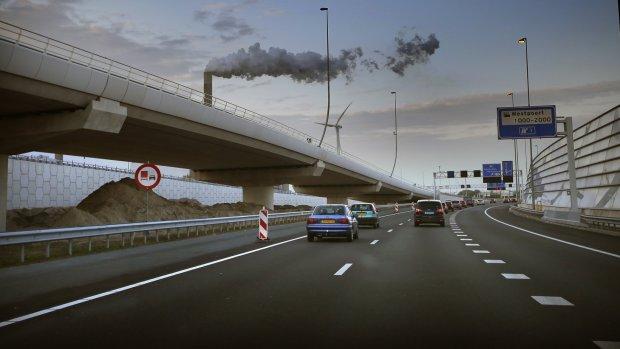 EP wil nog strengere uitstooteisen auto's: -40 procent