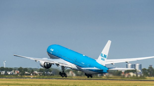 Luchtvaartsector heeft plan om 35 procent minder uit te stoten
