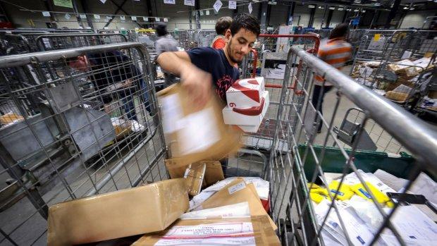 Passen op het postkantoor in Gent, miskoop kan gelijk retour