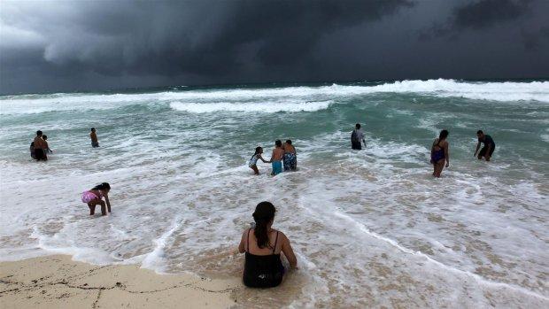 Orkanen door klimaatverandering steeds sterker en natter