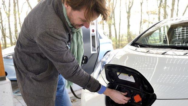 'Ook particulier stapt over op elektrische auto'