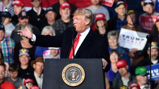 Trump prijst geweld van collega tegen Guardian-journalist: 'Goeie vent'