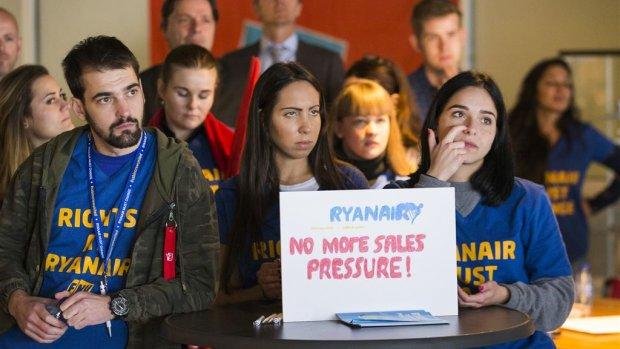 Ryanair-personeel verhuist gedwongen: 'Ze hebben geen respect voor mensen'