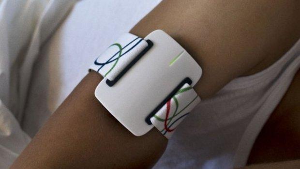 Armband met sensoren slaat alarm bij epilepsieaanvallen