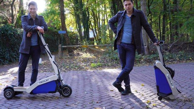 Getest: opvouwbare elektrische step op drie wielen