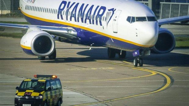 'Algoritme voor opsplitsen gezin in vliegtuig is uitbuiting'