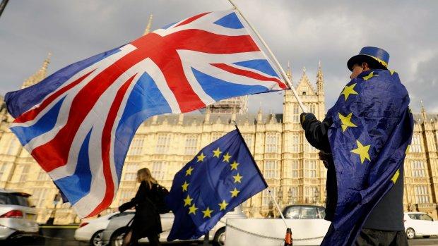 Noodwet: dubbele nationaliteit Nederlanders Verenigd Koninkrijk