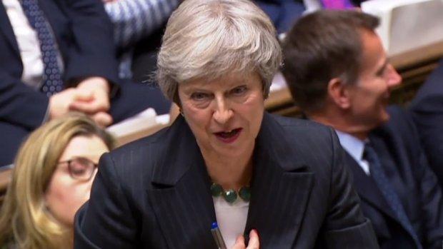 Woede na brexitdeal: motie van wantrouwen dreigt voor Theresa May