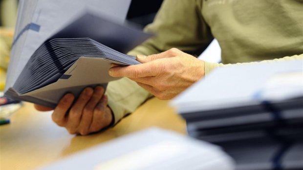 'Vijftien medewerkers Belastingdienst ontslagen om fraude'