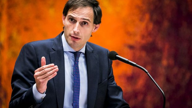 Kijk terug: minister Hoekstra over pensioenen en dwars Italië