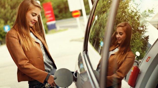 Tanken is bijna een feestje: benzineprijzen dalen hard