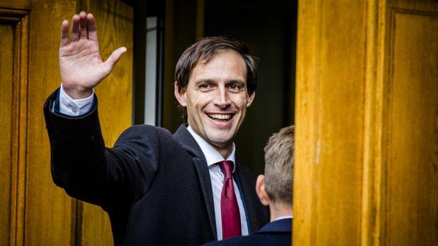 Hoekstra wil bankierssalarissen niet verder beperken