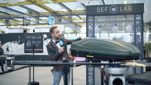 Deze drone en slimme poort houden soldaten veilig