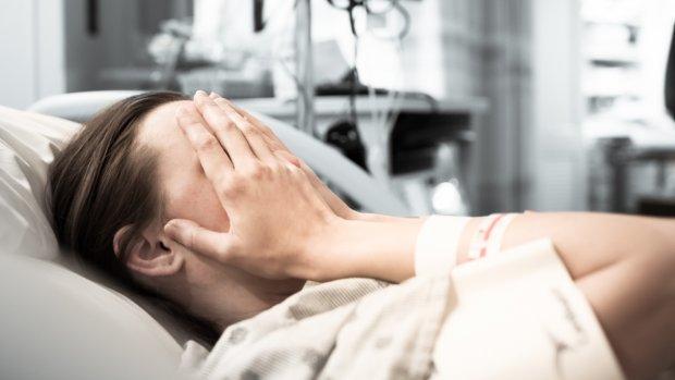 'Jonge vrouwen blijven achter in salaris na kankerdiagnose'