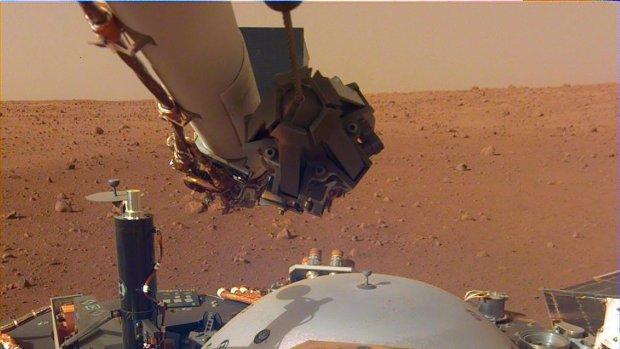 Zo klinkt het op Mars, InSight neemt per ongeluk geluid op