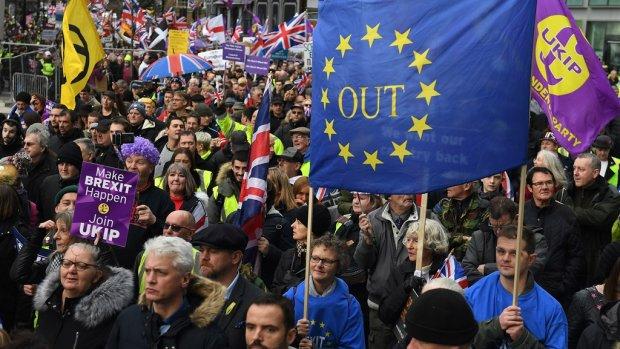 Rekenkamer: harde brexit kost Nederland komende jaren 2,3 miljard