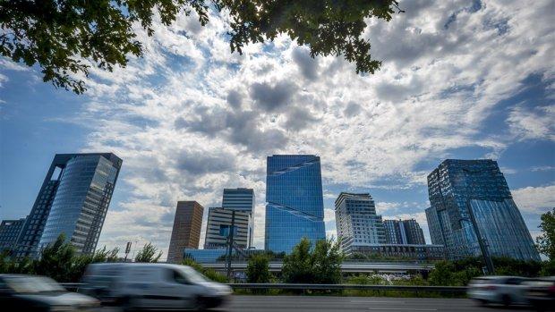 Miljarden aan investeringen gaan Nederland direct weer uit