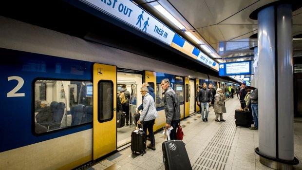 NS wil toeristen met smartphone laten reizen