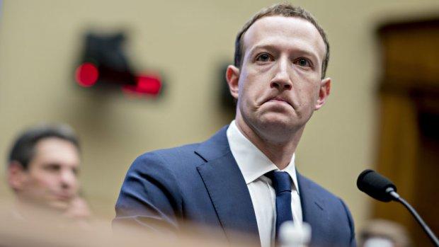 Facebook aangeklaagd om privacyschandaal met Cambridge Analytica