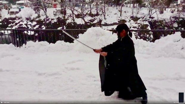 Twitter-protest Japanse monniken: 'Ik kan dit in mijn gewaad'