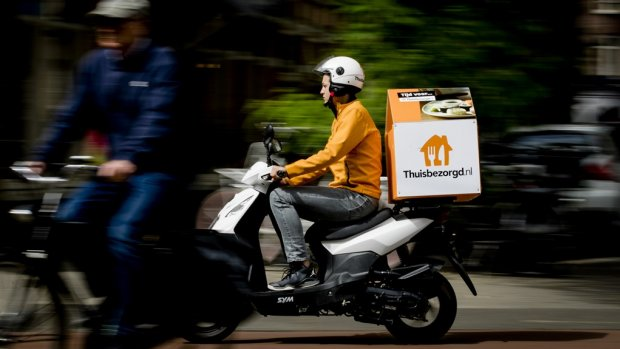 Bezorgscooters maken veel vaker ongelukken dan gewone scooters