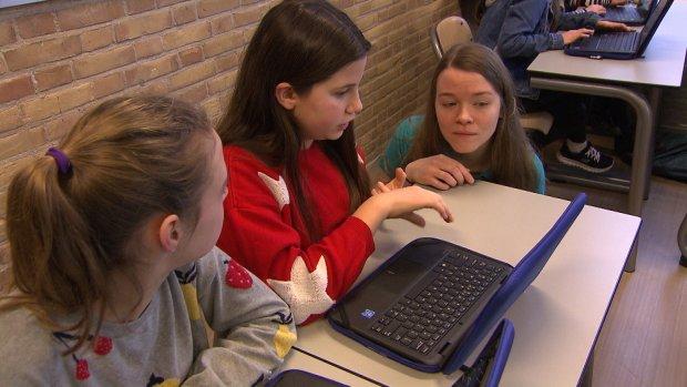 Hack-les voor scholieren: 'Ze helpen ouders met goed wachtwoord'