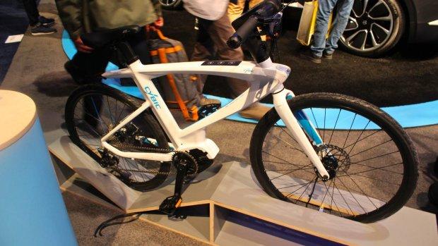 Praten tegen je fiets: deze e-bike heeft Alexa ingebouwd