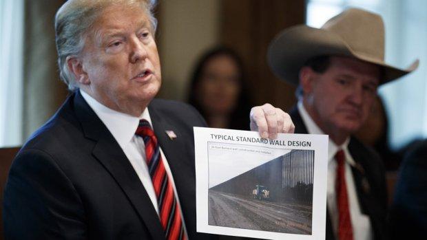 Crowdfundingsactie voor Trumps beoogde grensmuur opgeheven