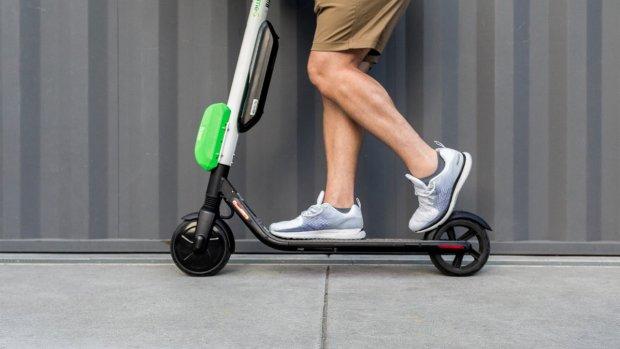 Uber werkt aan zelfrijdende steppen en fietsen